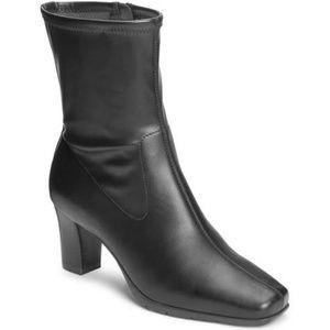 Aerosoles black 'Cinnamon' boots
